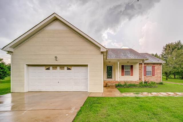 1060 Webb Rd, Clarksville, TN 37040 (MLS #RTC2168163) :: The Matt Ward Group