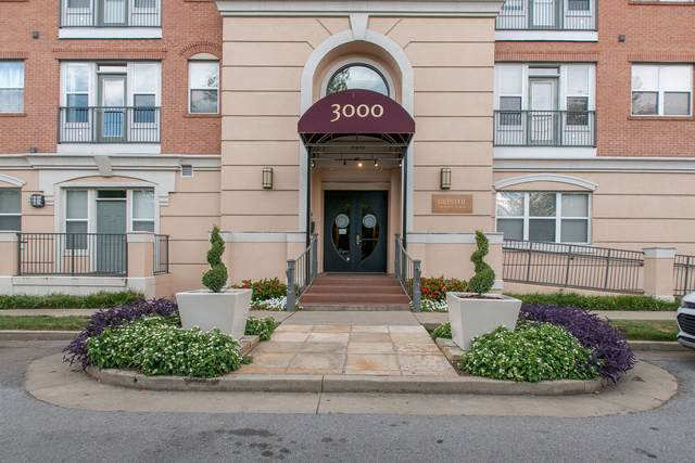 3000 Vanderbilt Place, Apt 425 #425, Nashville, TN 37212 (MLS #RTC2168227) :: Exit Realty Music City