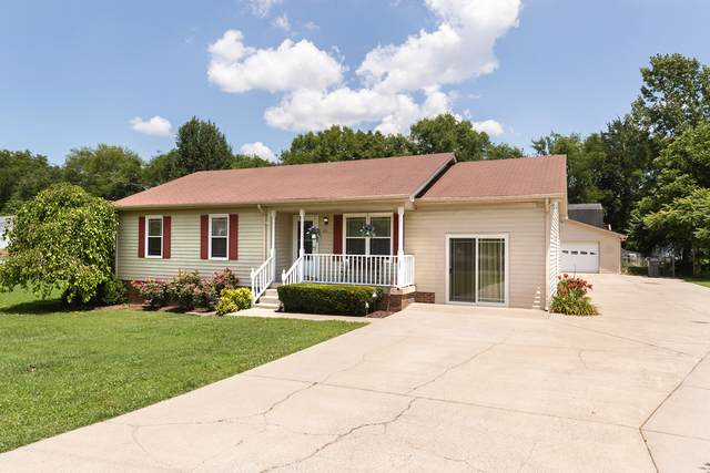 305 Elizabeth Ct, Smyrna, TN 37167 (MLS #RTC2168364) :: FYKES Realty Group