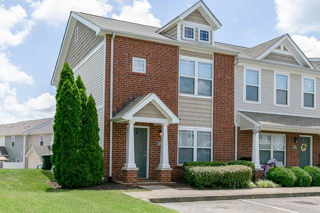 1009 Somerset Springs Dr, Spring Hill, TN 37174 (MLS #RTC2169009) :: The Group Campbell