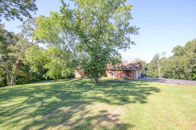 2662 Dotsonville Church Rd, Clarksville, TN 37042 (MLS #RTC2170010) :: CityLiving Group
