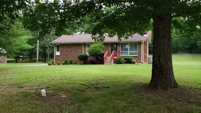 735 Woodlawn Dr, New Johnsonville, TN 37134 (MLS #RTC2171499) :: Village Real Estate