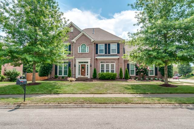 319 Dundee Dr, Franklin, TN 37064 (MLS #RTC2172127) :: RE/MAX Homes And Estates