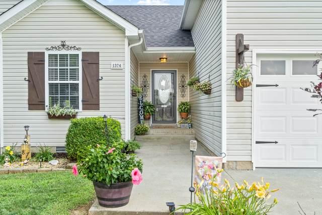 1374 Jenny Ln, Clarksville, TN 37042 (MLS #RTC2172299) :: Village Real Estate