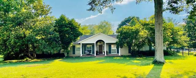 301 River Oaks Rd, Brentwood, TN 37027 (MLS #RTC2172590) :: The Huffaker Group of Keller Williams