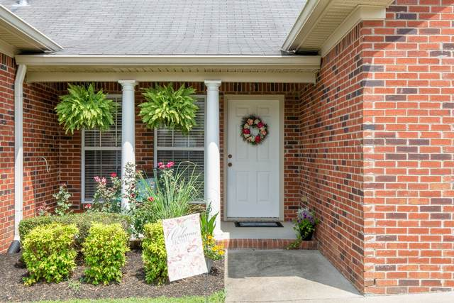 203 Johnstone Dr, Dickson, TN 37055 (MLS #RTC2172871) :: The Group Campbell