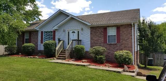 907 College St, Portland, TN 37148 (MLS #RTC2172892) :: Village Real Estate