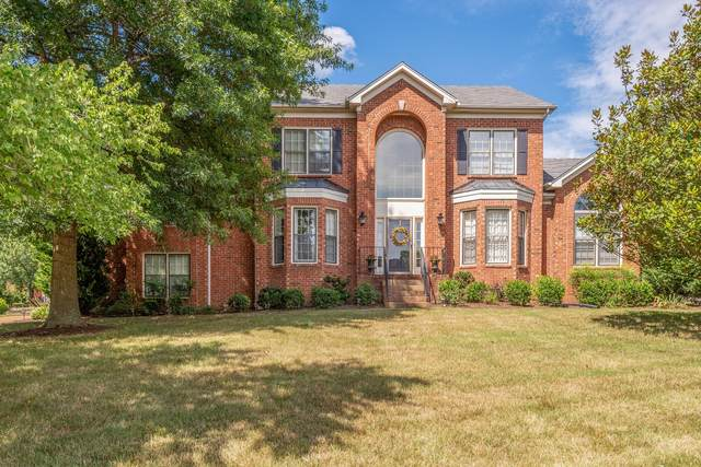 912 Grapevine Ln, Nashville, TN 37221 (MLS #RTC2173190) :: Village Real Estate