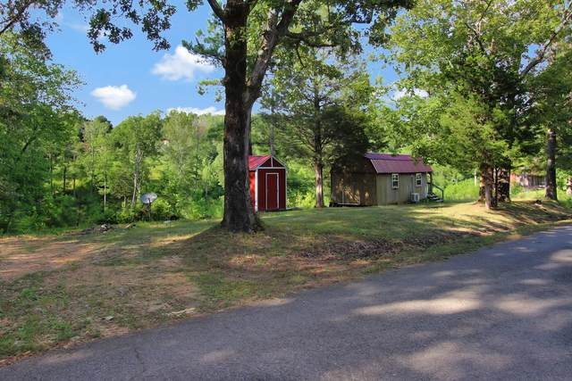 627 Pleasant Hill Rd, Dover, TN 37058 (MLS #RTC2173925) :: Village Real Estate