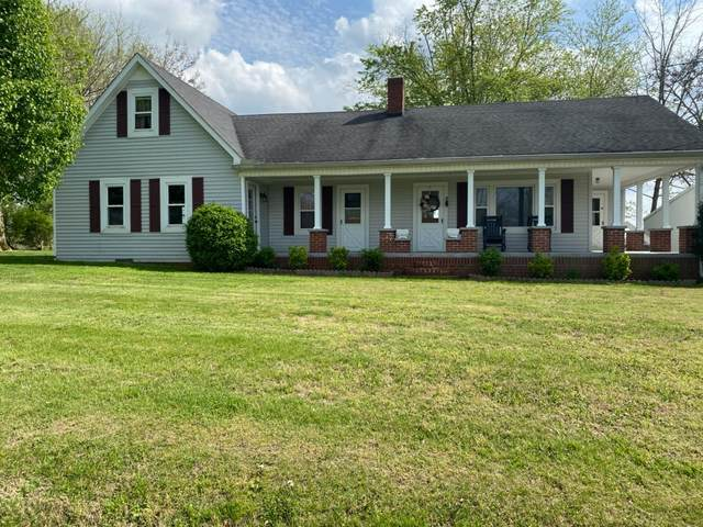 900 Holland Rd, Lafayette, TN 37083 (MLS #RTC2174832) :: John Jones Real Estate LLC