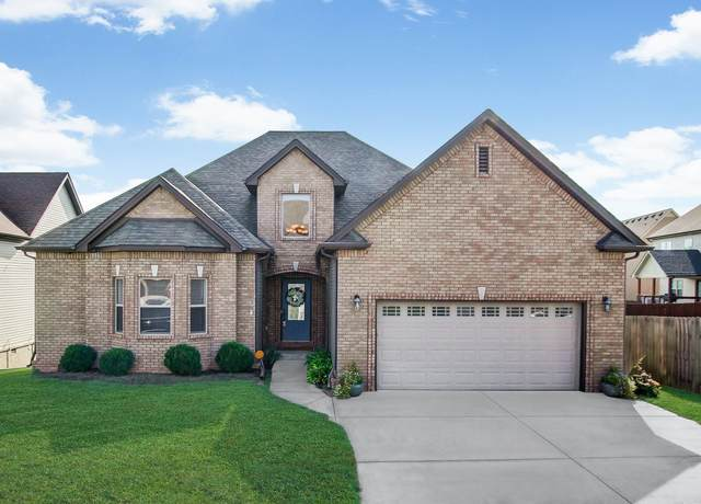 3329 Wiser Dr, Clarksville, TN 37042 (MLS #RTC2175152) :: FYKES Realty Group
