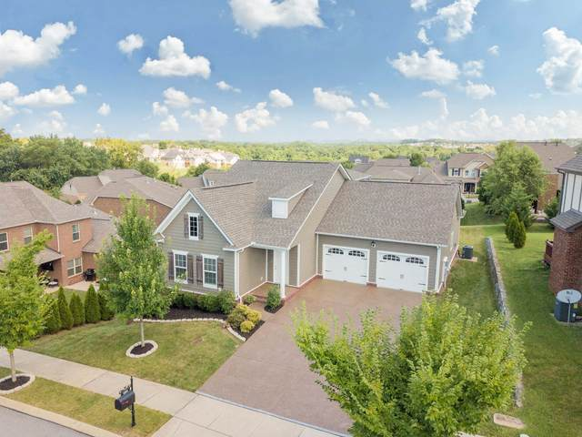 124 Irvine Ln, Franklin, TN 37064 (MLS #RTC2176738) :: The Helton Real Estate Group