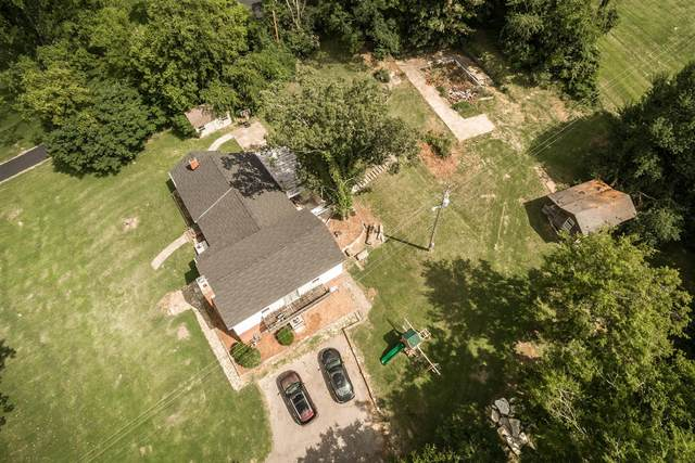 2242 S Berrys Chapel Rd, Franklin, TN 37069 (MLS #RTC2177247) :: Berkshire Hathaway HomeServices Woodmont Realty