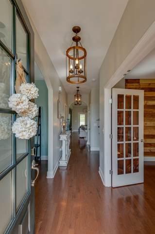 185 Fowler Cir, Franklin, TN 37064 (MLS #RTC2177510) :: Village Real Estate