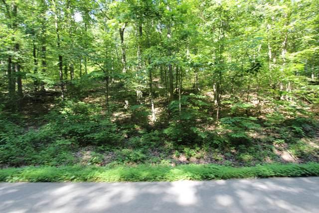 1 White Oak Road, Stewart, TN 37175 (MLS #RTC2178032) :: DeSelms Real Estate