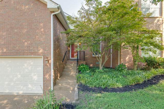 812 Chad Ct, Franklin, TN 37067 (MLS #RTC2178986) :: Village Real Estate