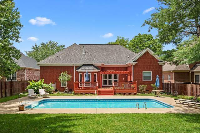121 Polk Place Dr, Franklin, TN 37064 (MLS #RTC2179132) :: Stormberg Real Estate Group