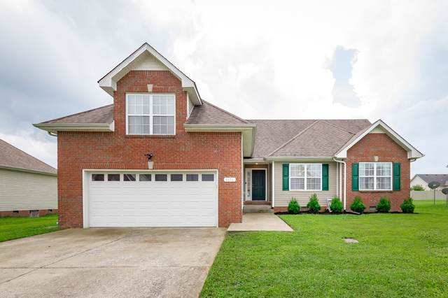 1176 Country Fields Ln, Clarksville, TN 37040 (MLS #RTC2179173) :: RE/MAX Homes And Estates