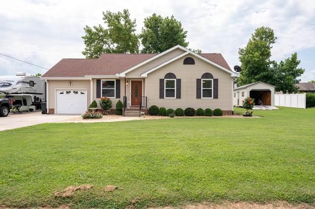 1015 Sunday Silence Dr, Greenbrier, TN 37073 (MLS #RTC2181098) :: Village Real Estate