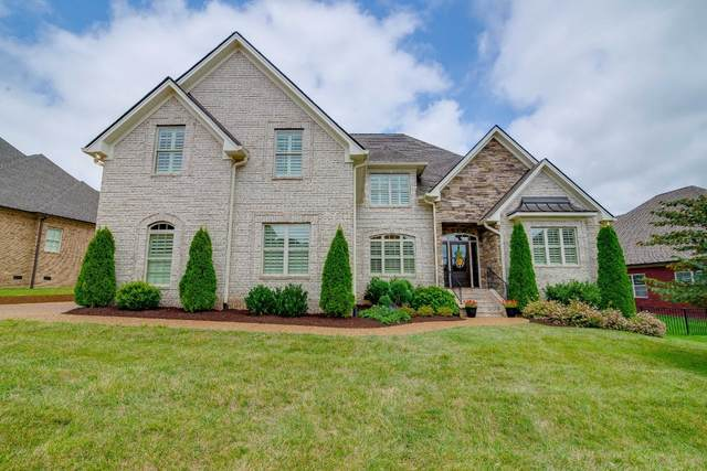 3002 Brisbane Ct, Spring Hill, TN 37174 (MLS #RTC2181636) :: Village Real Estate