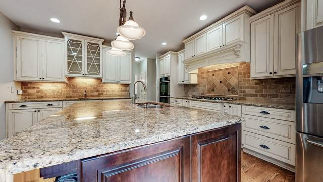 2621 S Highlands Dr, Nashville, TN 37221 (MLS #RTC2181775) :: Village Real Estate