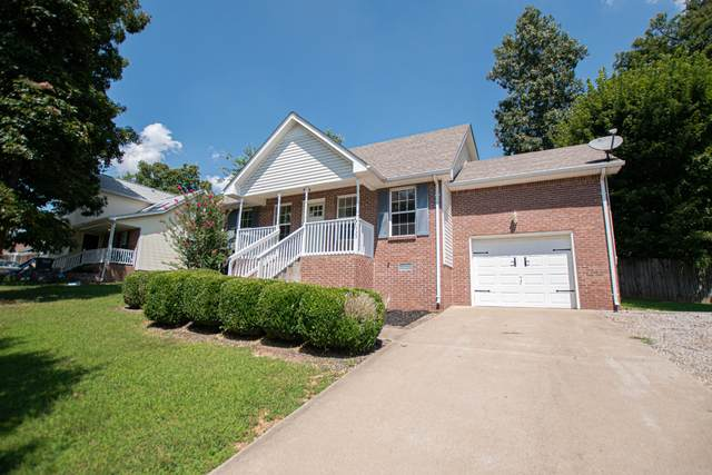 1723 Hazelwood Rd, Clarksville, TN 37042 (MLS #RTC2182789) :: Village Real Estate