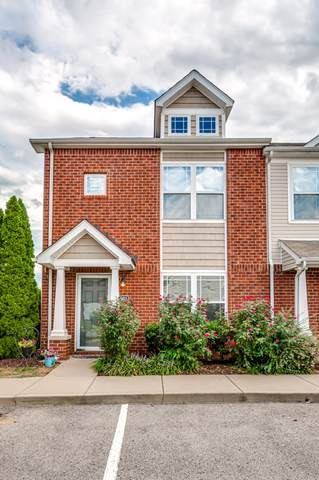 1001 Somerset Springs Dr, Spring Hill, TN 37174 (MLS #RTC2184220) :: PARKS