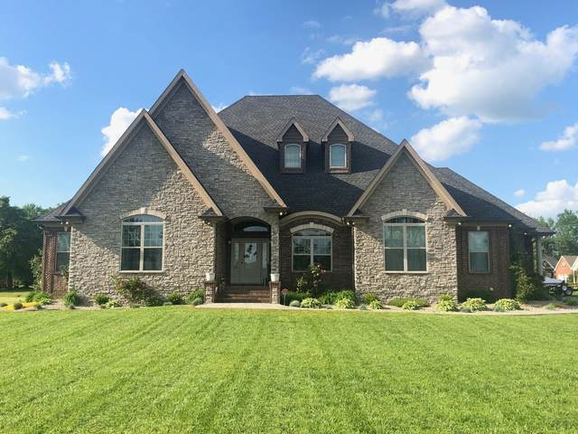 159 William Cir, Lafayette, TN 37083 (MLS #RTC2184609) :: Ashley Claire Real Estate - Benchmark Realty