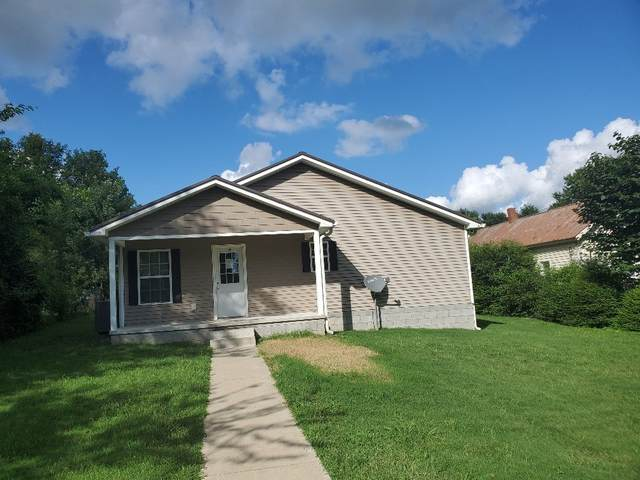 308E Railroad Street E, Dickson, TN 37055 (MLS #RTC2185703) :: Village Real Estate