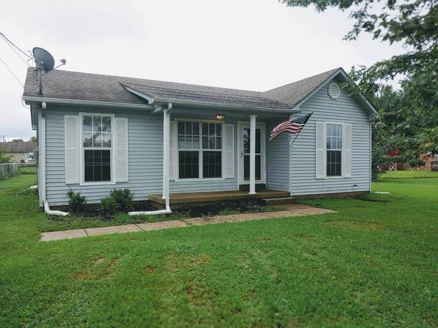 502 Indian Ave, Oak Grove, KY 42262 (MLS #RTC2185838) :: Village Real Estate