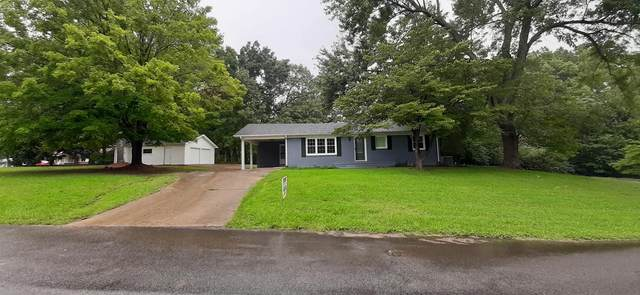 1014 Pine Cir, Lawrenceburg, TN 38464 (MLS #RTC2186097) :: The Milam Group at Fridrich & Clark Realty