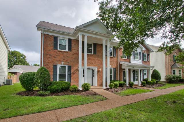 8954 Sawyer Brown Rd, Nashville, TN 37221 (MLS #RTC2187789) :: PARKS