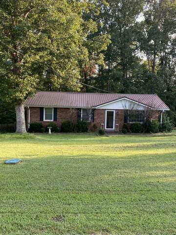 610 Beech St, Centerville, TN 37033 (MLS #RTC2188218) :: Felts Partners