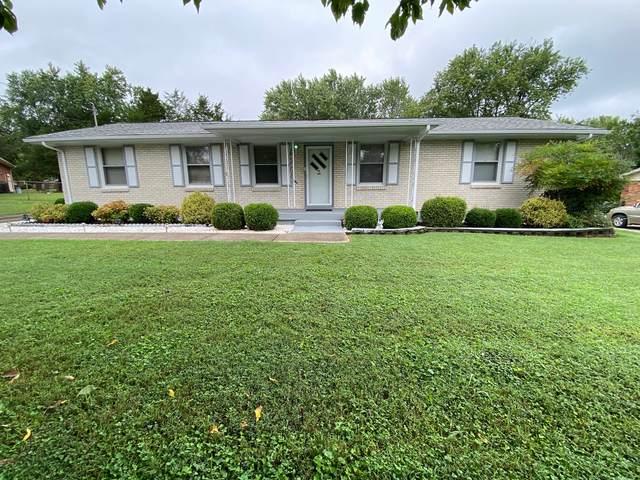 207 Elnora Dr, Hendersonville, TN 37075 (MLS #RTC2189135) :: CityLiving Group