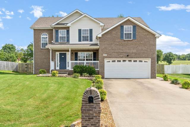 2770 Cascade Dr, Clarksville, TN 37042 (MLS #RTC2189173) :: Village Real Estate