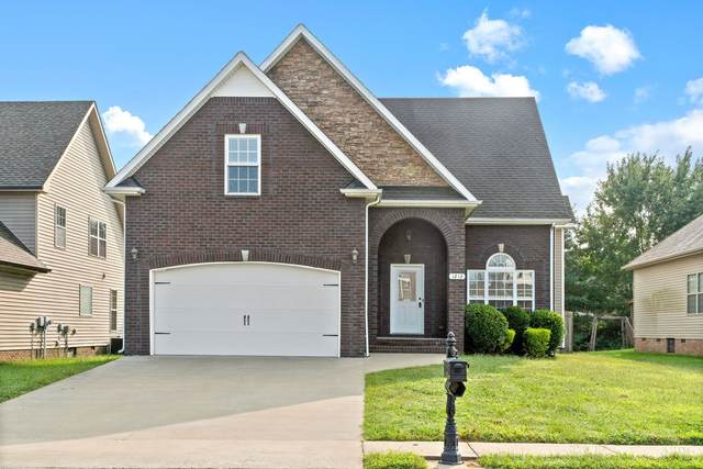 1212 Chinook Cir, Clarksville, TN 37042 (MLS #RTC2189529) :: Village Real Estate