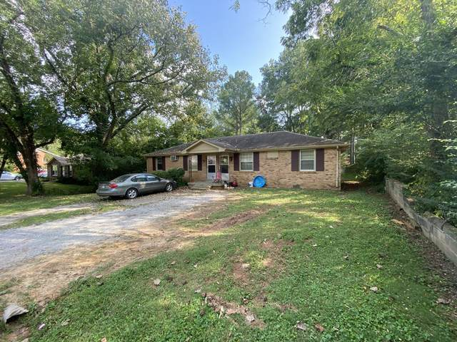 1670 Robin Pl, Clarksville, TN 37043 (MLS #RTC2189842) :: Christian Black Team