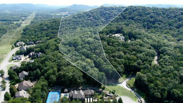 1820 Pace Hvn, Franklin, TN 37069 (MLS #RTC2189898) :: Stormberg Real Estate Group