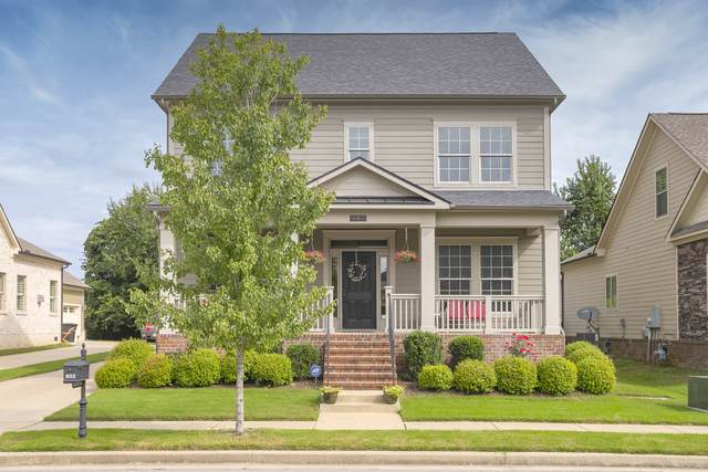 802 Charming Ct, Franklin, TN 37064 (MLS #RTC2190140) :: DeSelms Real Estate