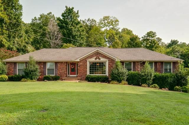 239 Hidden Lake Rd, Hendersonville, TN 37075 (MLS #RTC2190237) :: Village Real Estate