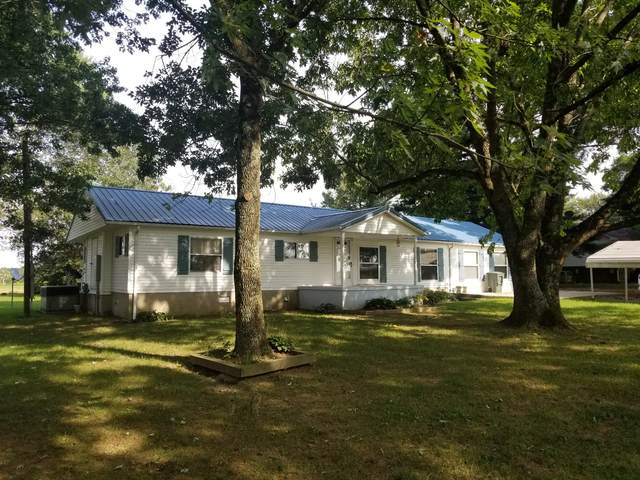140 Poplar Grove Rd., Lafayette, TN 37083 (MLS #RTC2190725) :: Village Real Estate
