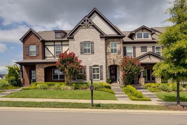 953 Innsbrooke Ave, Hendersonville, TN 37075 (MLS #RTC2190875) :: Village Real Estate