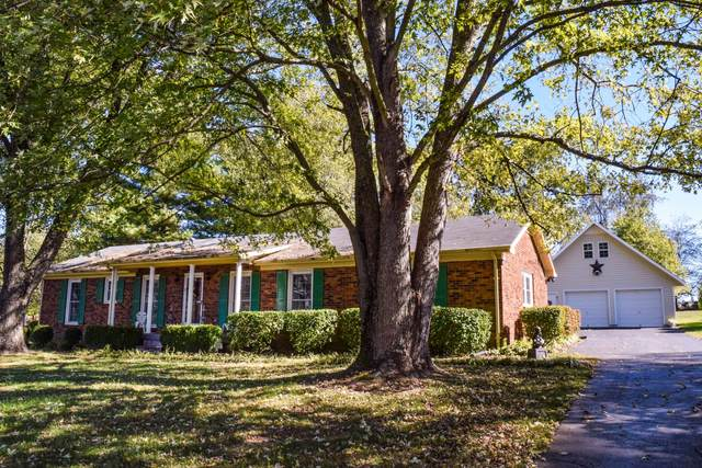304 Greenfield Ln, Castalian Springs, TN 37031 (MLS #RTC2191657) :: Village Real Estate