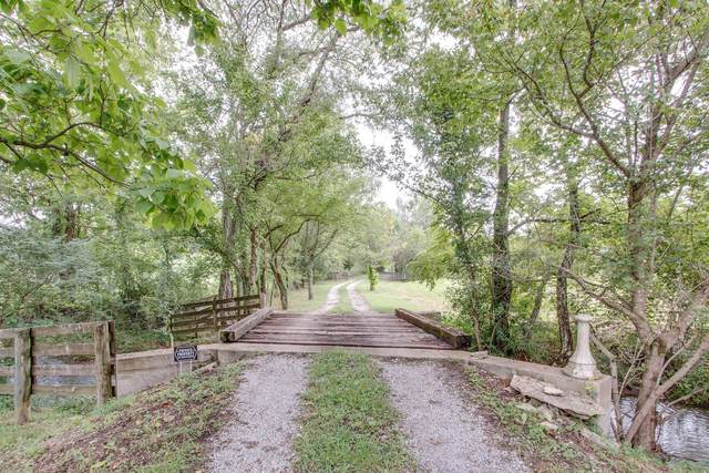 1790 Cayce Springs Rd, Thompsons Station, TN 37179 (MLS #RTC2192218) :: Village Real Estate