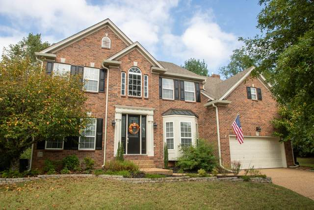 735 Meeting St, Franklin, TN 37064 (MLS #RTC2192740) :: DeSelms Real Estate