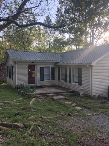 8436 Old Charlotte Pike W, Pegram, TN 37143 (MLS #RTC2192750) :: DeSelms Real Estate