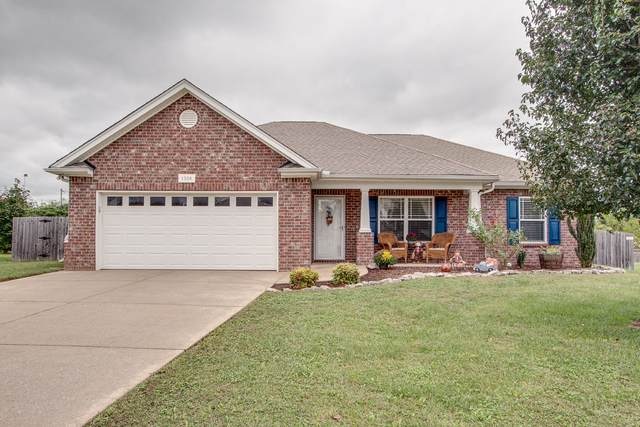 1004 Lark Ct, Spring Hill, TN 37174 (MLS #RTC2193105) :: Nelle Anderson & Associates