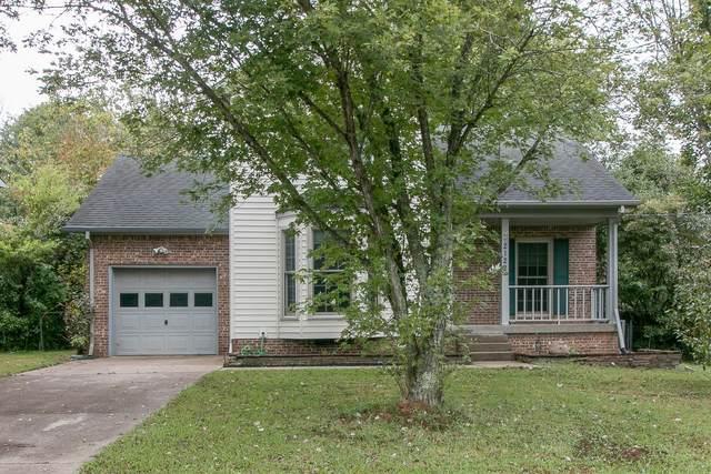 2122 Single Tree Dr, Clarksville, TN 37040 (MLS #RTC2193823) :: Village Real Estate