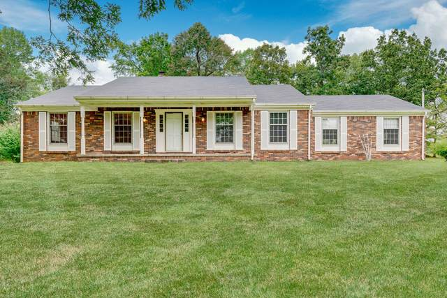 895 Hafner Road, Charlotte, TN 37036 (MLS #RTC2193920) :: Village Real Estate