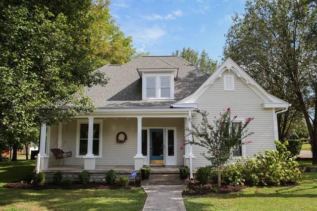 207 College St N, Smyrna, TN 37167 (MLS #RTC2195445) :: Village Real Estate